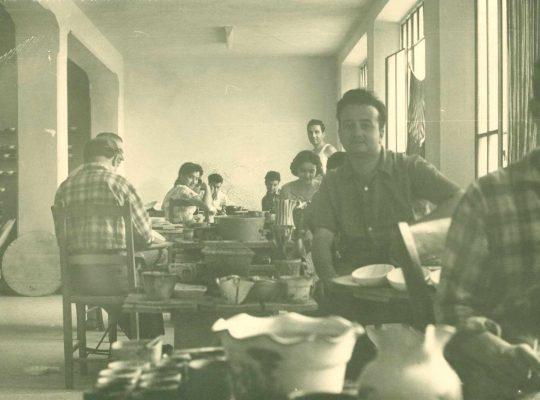 Azienda Ceramica Alvino bagni foto storica